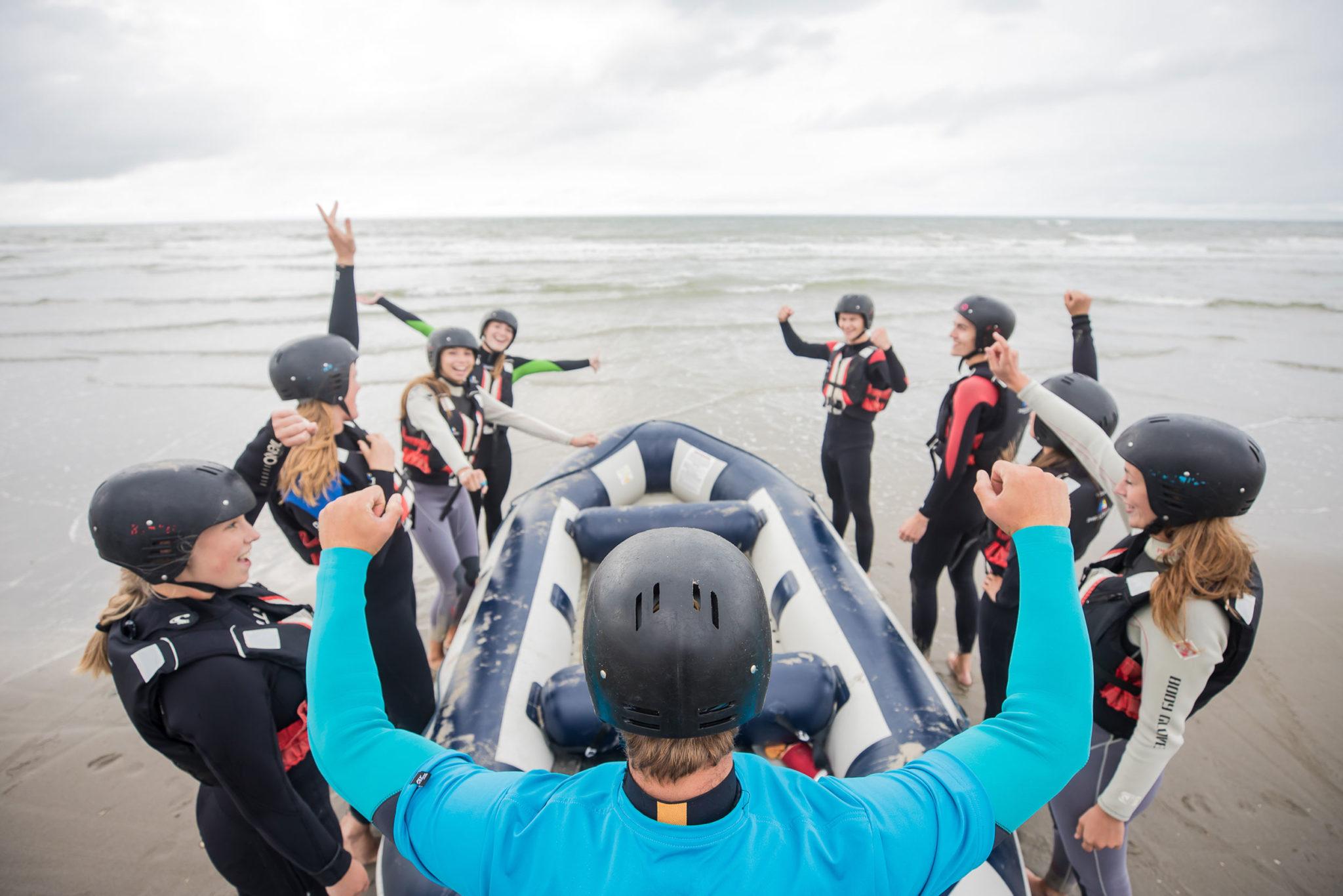 Blowkarten, blokarten ofwel strandzeilen is een spectaculaire strandactiviteit voor uw bedrijfsuitje, teamuitje, vrijgezellenfeestje of dagje uit